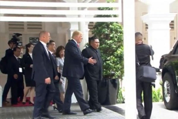 [US-NK Summit] Check out my ride: Trump shows off 'The Beast' to Kim