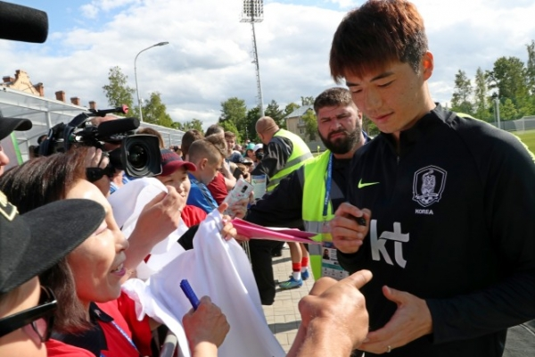 Korean captain wants teammates to show their character on pitch
