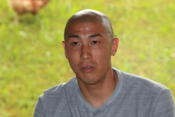 Assistant coach Cha Du-ri to wear headset in match vs. Sweden