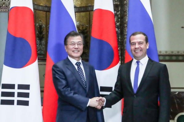 Moon talks expanding Trans-Siberian Railway to Busan in Russia