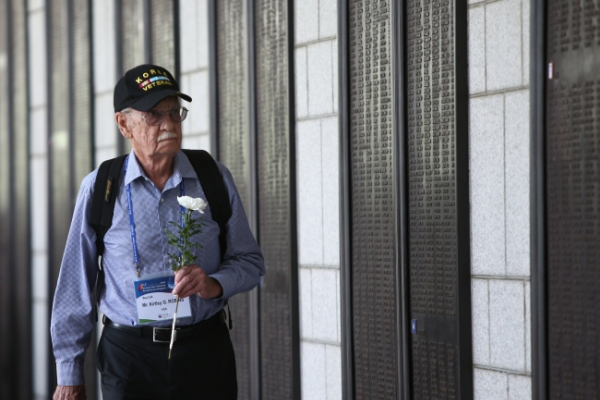 [Photo News] Korean War veterans visit Korea for anniversary