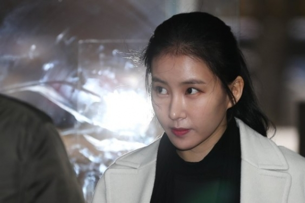 Coffeesmith CEO sentenced for threatening celebrity ex