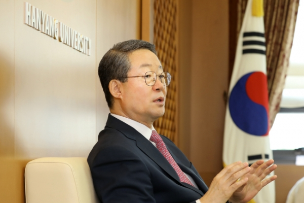 [Herald Interview] 'Hanyang University aims to foster students who contribute to society'