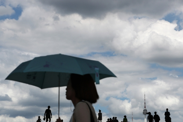 Blistering heat wave continues to scorch Korea
