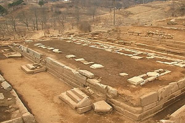 Koreas may finally study same pages of history via Manwoldae dig