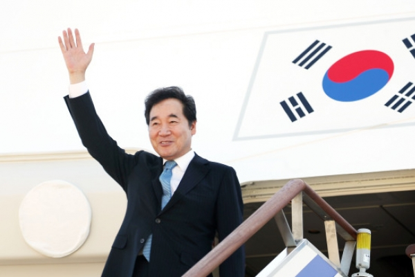 S. Korean prime minister leaves for Indonesia for Asian Games
