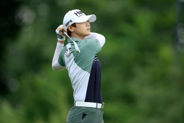 Park has share of clubhouse lead at rain-hit Indy golf