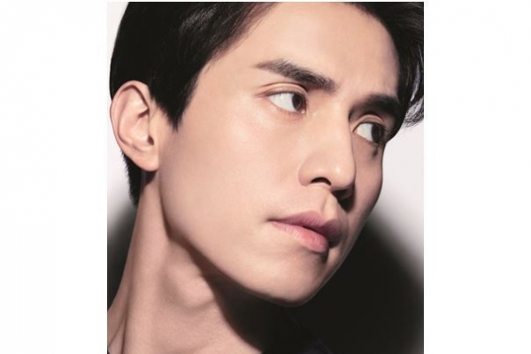 Lee Dong-wook becomes brand campaign model for Chanel