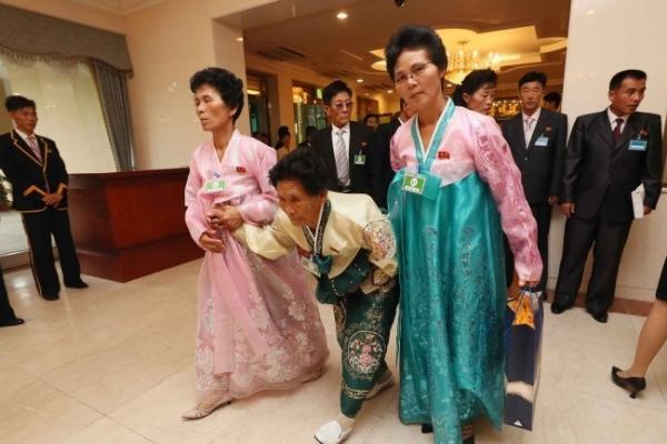 [팟캐스트] (261) 이산가족 상봉 행사 2일차, 공정거래법 개정