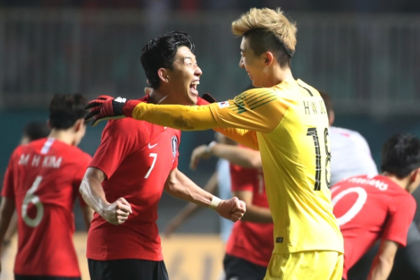 Korean goalkeeper eyes European career after winning gold