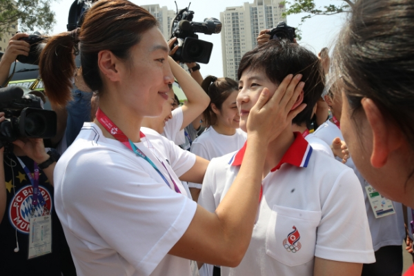 Players on unified Korean basketball team go separate ways after Asiad silver