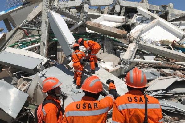 [Newsmaker] Central Indonesia earthquake roundup