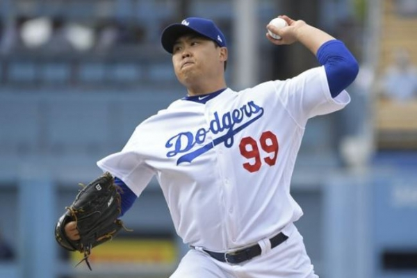 Dodgers' Ryu Hyun-jin gets no-decision in NLCS vs. Brewers