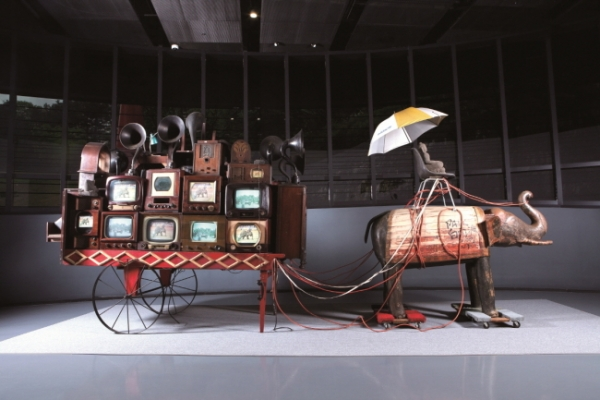 Nam June Paik Art Center holds 10th anniversary exhibition
