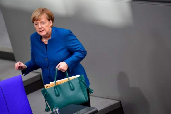 Merkel says 'still a chance' for deal on Brexit
