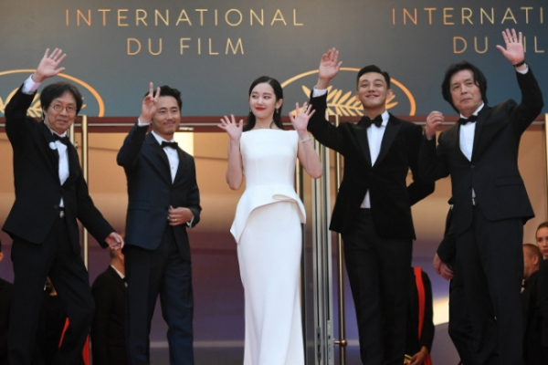 'Burning' wins best picture at Daejong Film Awards