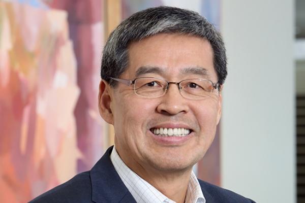 LG chief Koo picks 3M vice chair as new head of LG Chem