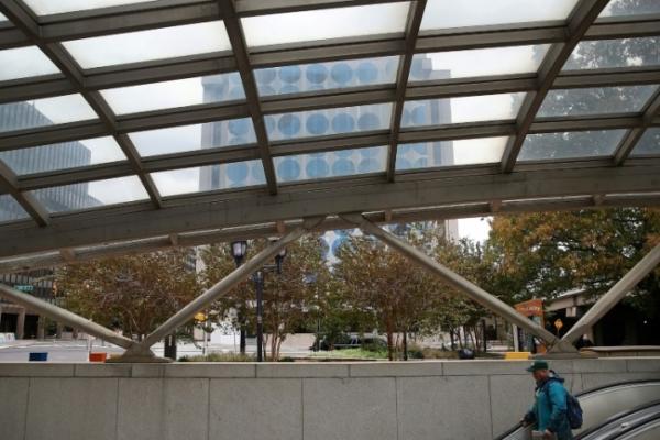 New Amazon HQ split between New York, Washington suburbs