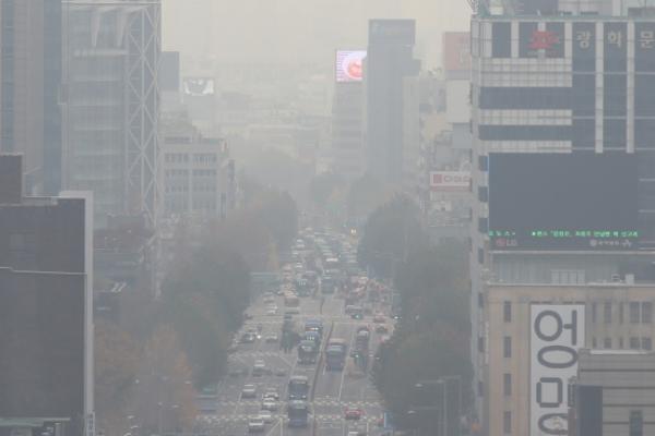 [Weather] 'Bad' levels of fine dust blanket nation