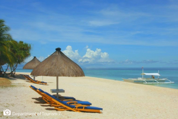 Bohol, island close to unexplored nature