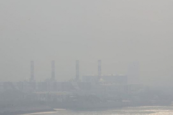 [Weather] Cold Sunday with high fine dust levels