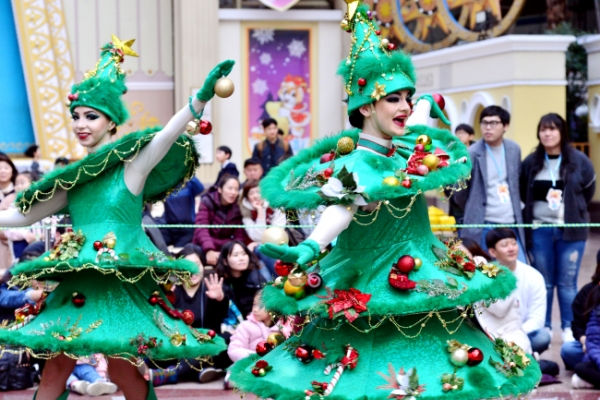 [Photo News] With Christmas near, there is magic in the air