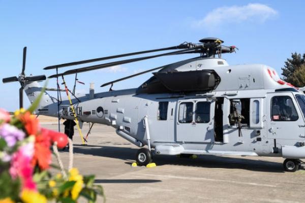 Probe team blames faulty mast for marine chopper crash in July