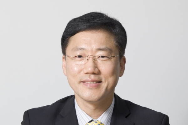 Korea Joongang Daily chief re-elected foreign language newspaper group head