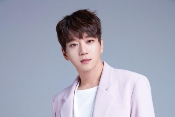 [K-talk] Hwang Chi-yeul to release 2nd album in 12 years