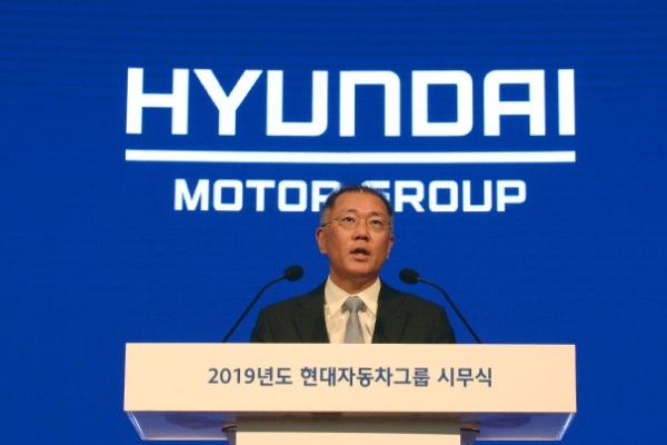 Hyundai Motor to run robo taxi pilot in 2021 in Korea