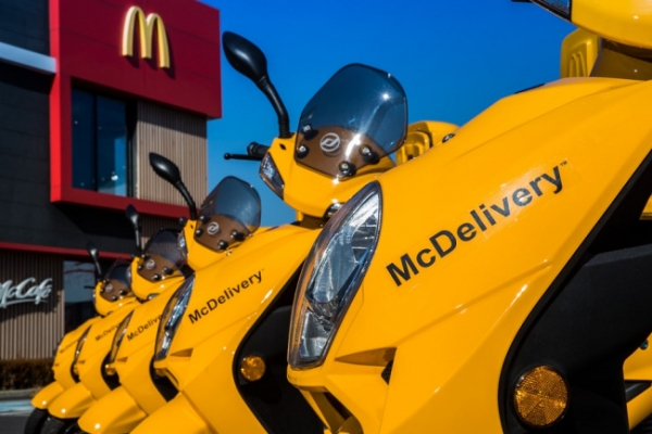 McDonald's McDelivery scooters to go all green by 2021
