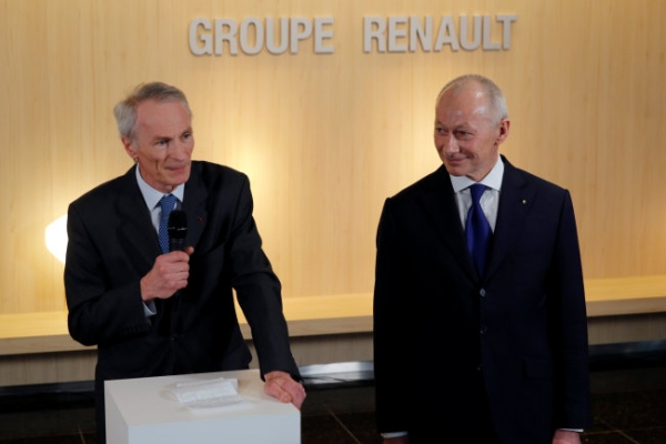 Renault names Bollore CEO, Senard chairman: statement