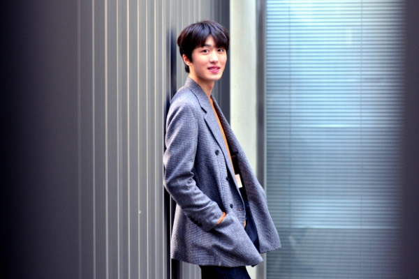 [Herald Interview] 'Sky Castle' star Chani talks stardom, dancing to the show's theme song