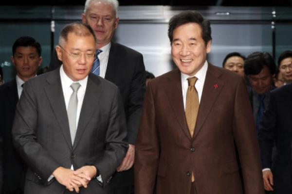 Prime minister hopes Hyundai Motor will take the lead in next-generation cars