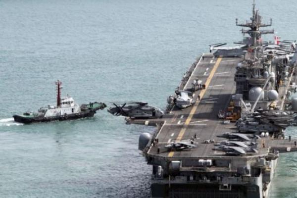 US 7th fleet's command ship visits Busan