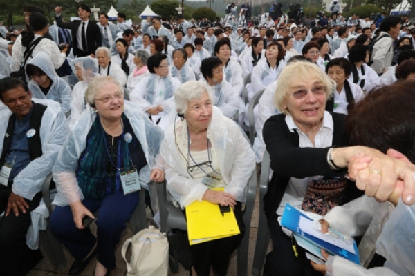 [Newsmaker] US missionaries speak out against controversial Gwangju Uprising comments