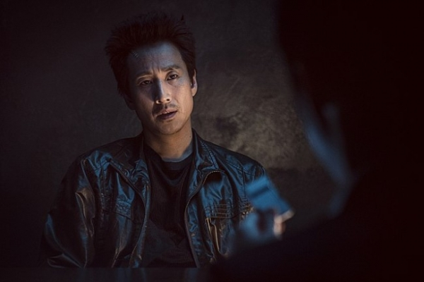Lee Sun-kyun plays corrupt police in 'Jo Pil-ho: The Dawning Rage'