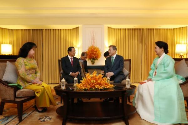 S. Korean president set to meet Cambodian leaders