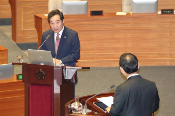 PM says inter-Korean economic cooperation should be made under sanctions framework