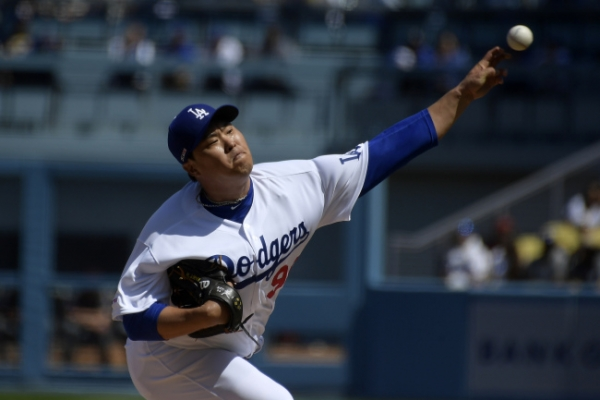 Dodgers' Ryu Hyun-jin felt 'zero pressure' in 1st Opening Day start