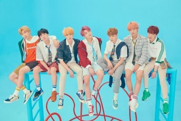BTS, President Moon contend in TIME list of 100 most influential people