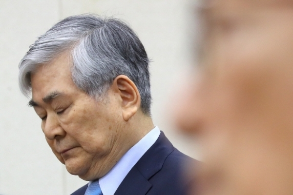 Hanjin chairman's death exposes cruel effects of owner risk on stocks