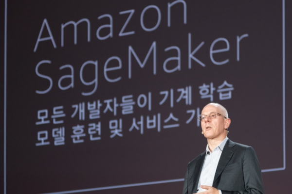 AWS aims to expand cloud business into financial sector in Korea