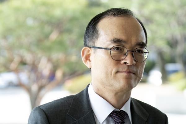 Prosecutor-General Moon Moo-il slams fast-tracking of reform bills