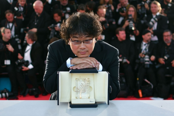 Bong Joon-ho becomes 1st Korean to win top honors at Cannes