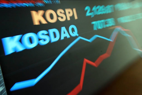 Kospi-listed firms' debt-to-equity ratio worsens in Q1