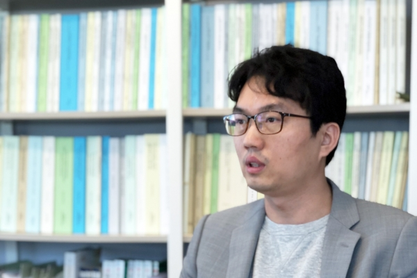 [Herald Interview] Regulation, resistance put Korea's ability to compete in future mobility in question