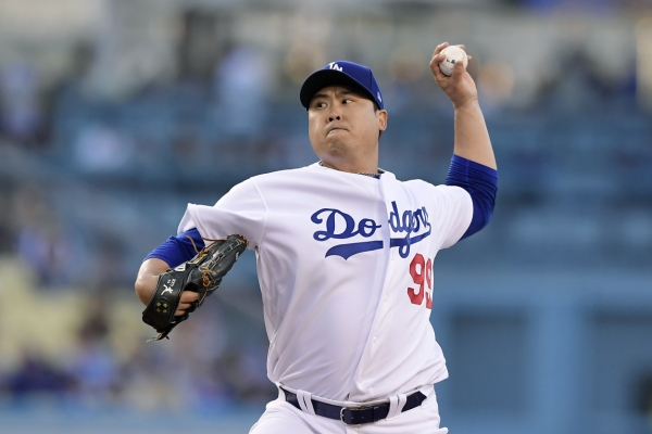 Dodgers' Ryu Hyun-jin shuts down Mets for 8th win, cements NL Pitcher of Month case
