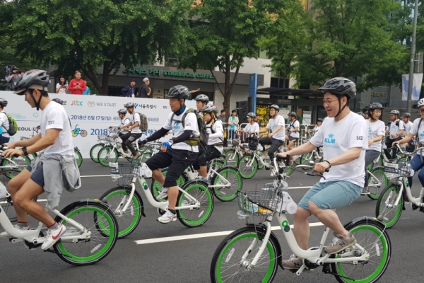Gangbyeonbuk-ro to be closed Sunday for bike parade