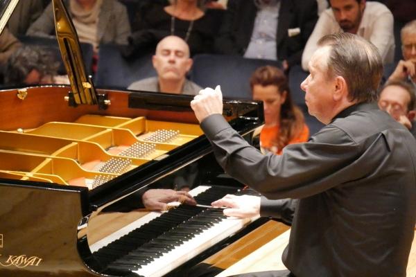 Pianist Mikhail Pletnev to perform in Seoul